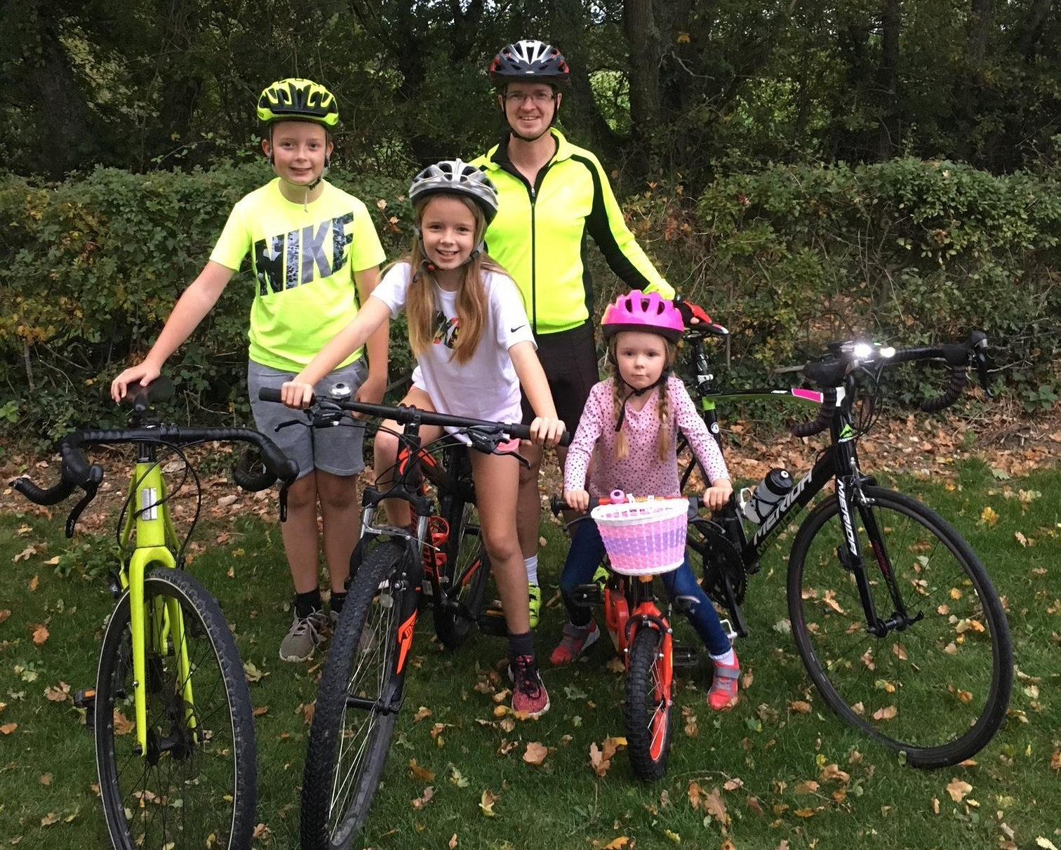 Isle of Wight super-cyclist Alan Green with his children Callum, Jessica, and Millie.