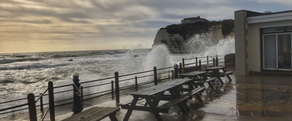 High winds hit Freshwater Bay. Photo from @FLifeboat.