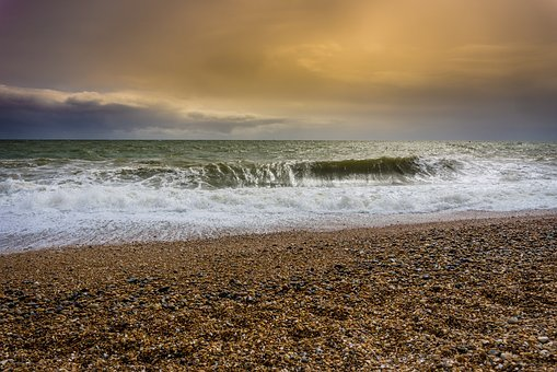 Storm surge and severe gales expected for the Isle of Wight on Friday evening