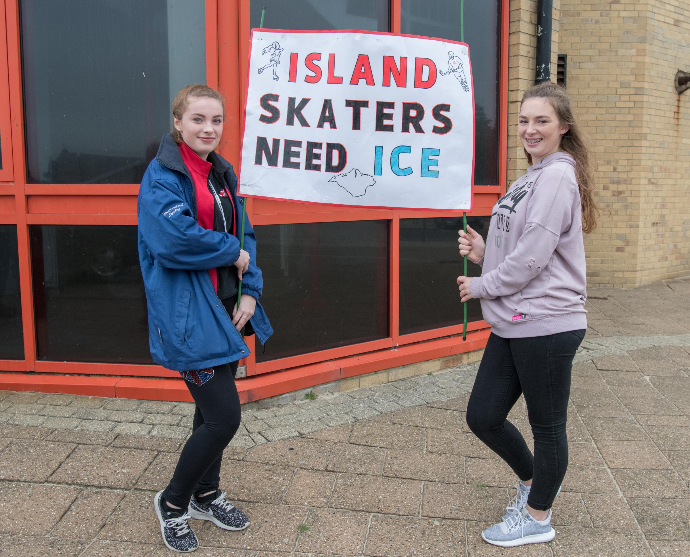 Ryde - Ryde Arena - Protest re Closure. from left lara Harrison aged 15 and Toni-Jade Delap aged 15.